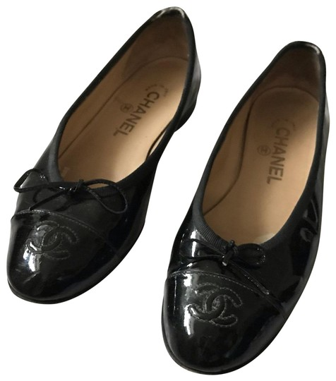 Preload https://img-static.tradesy.com/item/25247067/chanel-black-cc-logo-ballet-flats-size-eu-355-approx-us-55-regular-m-b-0-1-540-540.jpg