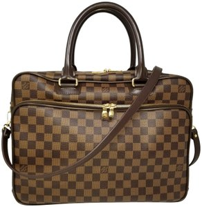 402a8078212b Louis Vuitton Laptop Bags - Up to 70% off at Tradesy