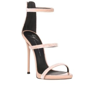 625d8be1200c Giuseppe Zanotti Sandals - Up to 90% off at Tradesy