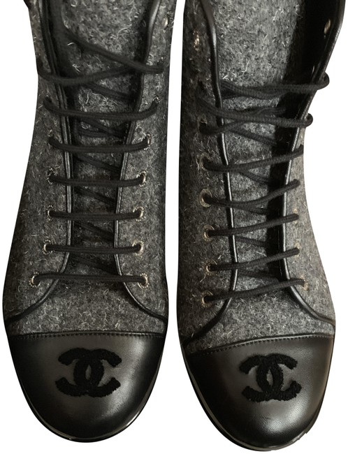 Chanel Grey Tweed Sneakers Size EU 38.5 (Approx. US 8.5) Regular (M, B) Chanel Grey Tweed Sneakers Size EU 38.5 (Approx. US 8.5) Regular (M, B) Image 1