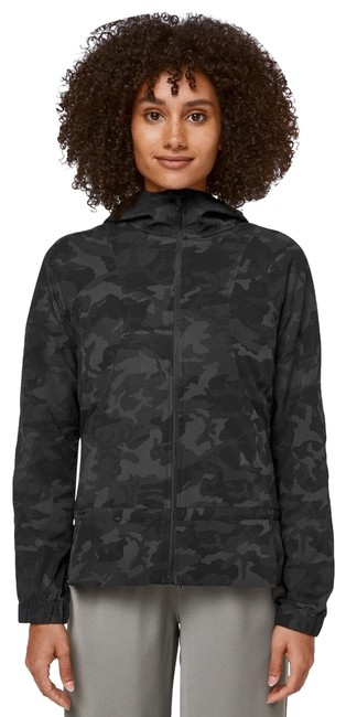 Item - Incognito Camo Multi Grey Pack It Up Activewear Outerwear Size 4 (S)