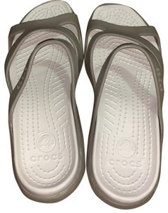 cb5bf9ec4fcf Crocs White olive Sandals