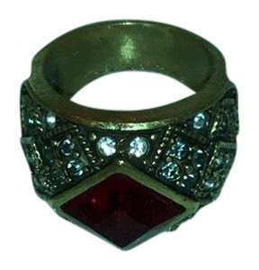 Heidi Daus red stone ring
