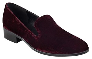 Marc Fisher red Flats
