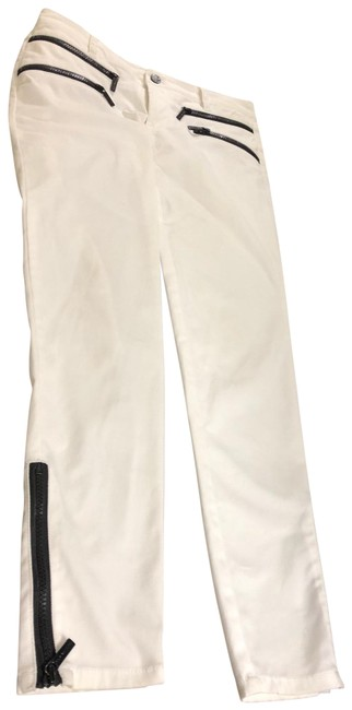 Item - White Light Wash Relaxed Fit Jeans Size 27 (4, S)