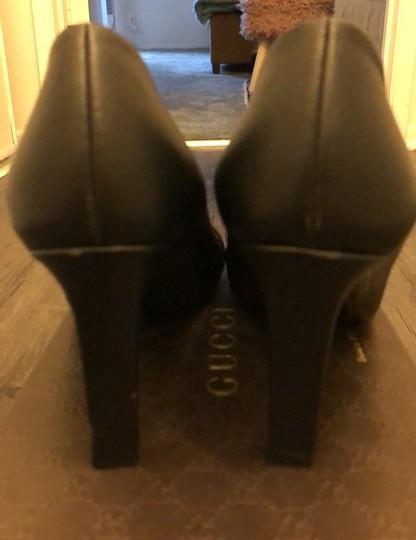 Gucci black leather with silver hardware Pumps Image 3