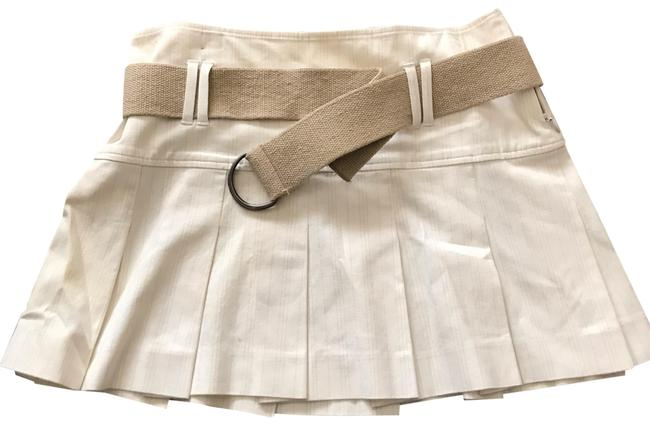 Preload https://img-static.tradesy.com/item/25252844/theory-white-pleated-w-belt-skirt-size-6-s-28-0-1-650-650.jpg