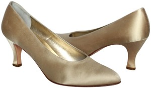 Salvatore Ferragamo Silk Italian Evening Cocktail Gold Pumps