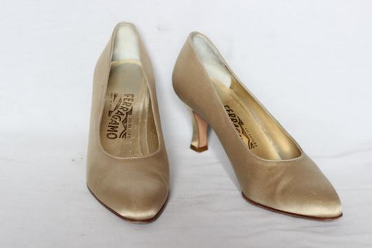 Salvatore Ferragamo Silk Italian Evening Cocktail Gold Pumps Image 1