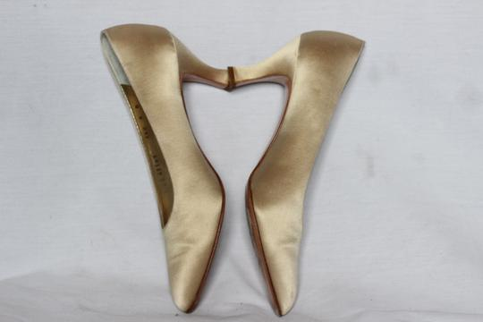 Salvatore Ferragamo Silk Italian Evening Cocktail Gold Pumps Image 4