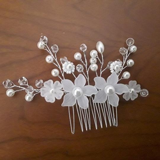 Hair Accessory Image 1