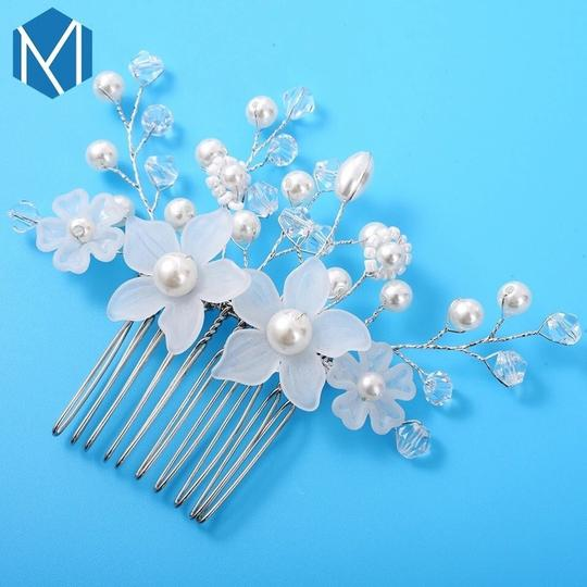 Hair Accessory Image 4