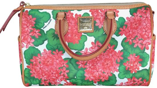 Preload https://img-static.tradesy.com/item/25253299/dooney-and-bourke-floral-crossbodysatchel-with-matching-coin-purse-coated-canvas-cross-body-bag-0-2-540-540.jpg