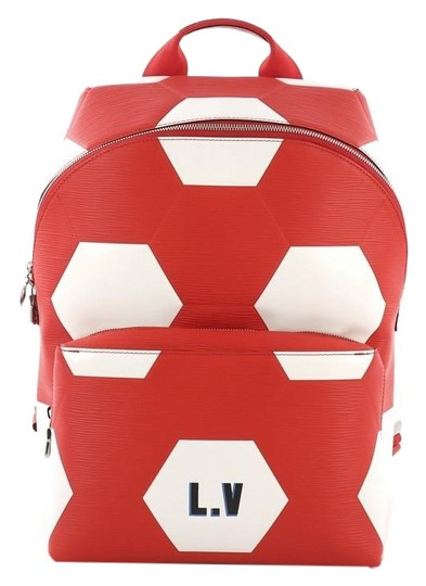 Preload https://img-static.tradesy.com/item/25253446/louis-vuitton-apollo-limited-edition-fifa-world-cu-red-leather-backpack-0-1-540-540.jpg