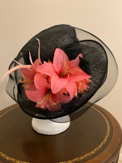Dee's Gorgeous Black hat with pink accents Image 2