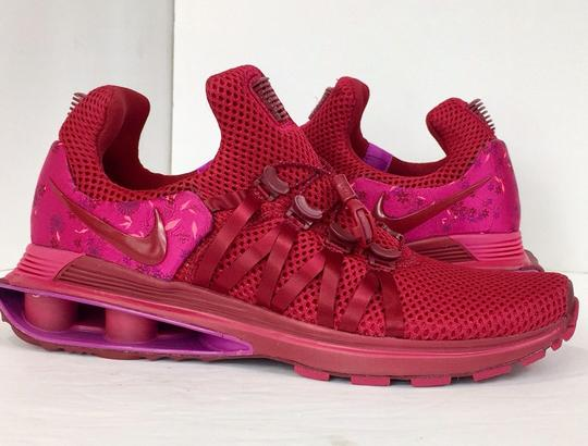 Nike red Athletic Image 3
