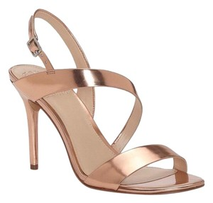 82576f34fc3 Vince Camuto Sandals Up to 90% off at Tradesy