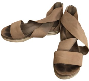 6499233e301a Eileen Fisher Sandals - Up to 90% off at Tradesy