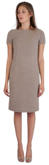 Item - Beige Ribbed Short Sleeve Fitted Mid-length Work/Office Dress Size 6 (S)