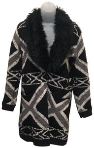 Black Rivet Aztec Furcollar Indian Southwestern Southwest Black/White Blazer