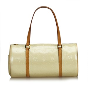 51f282935666 White Patent Leather Louis Vuitton Bags - 70% - 90% off at Tradesy