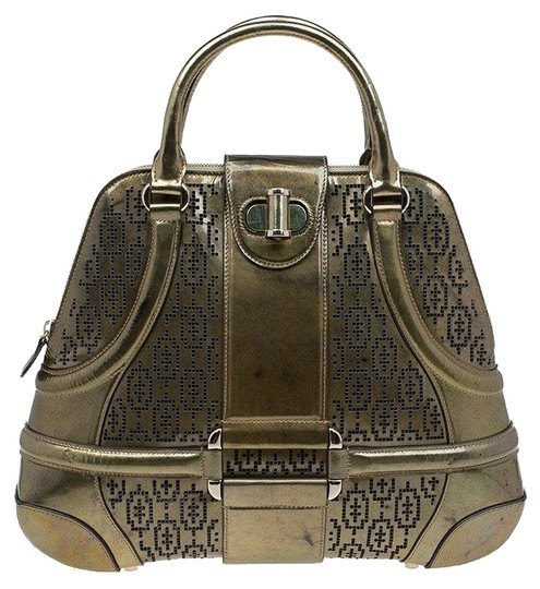 Preload https://img-static.tradesy.com/item/25257977/alexander-mcqueen-perforated-novak-gold-patent-leather-satchel-0-1-540-540.jpg