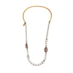 Item - Gold / Pink Crystal Necklace