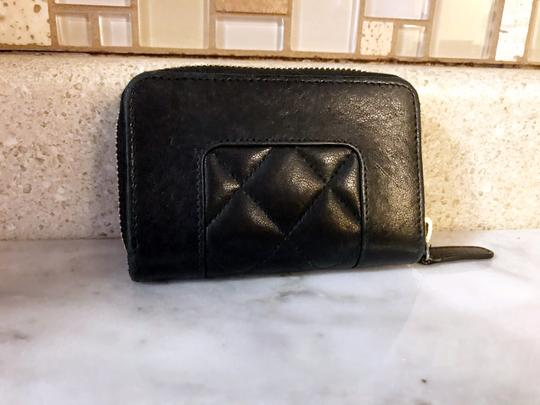Chanel Black Diamond Quilted Mademoiselle Compact CC Zip Wallet Image 8