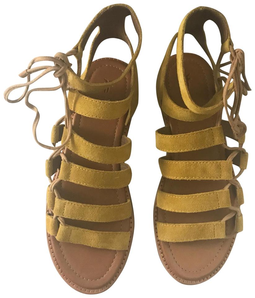 a198dc1043bf Frye Yellow Blair Ghillie Gladiator Sandals Size US 7 Regular (M