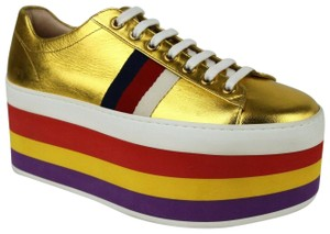 968a77944 Women s Gold Gucci Shoes - Up to 90% off at Tradesy
