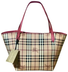 b927e3f6ba92 Pink Burberry Bags - 70% - 90% off at Tradesy