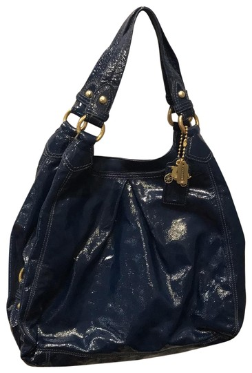 Preload https://img-static.tradesy.com/item/25261216/coach-maggie-blue-patent-leather-hobo-bag-0-1-540-540.jpg