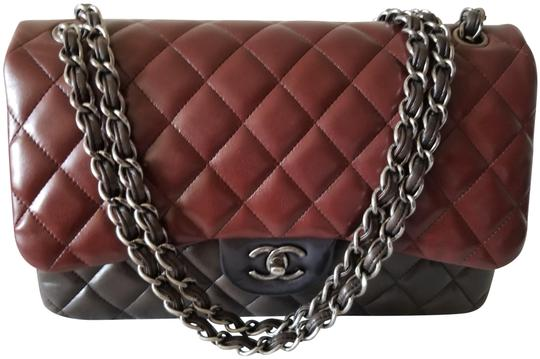 Preload https://img-static.tradesy.com/item/25262288/chanel-classic-jumbo-double-flap-silver-hardware-red-multi-color-lambskin-leather-shoulder-bag-0-1-540-540.jpg