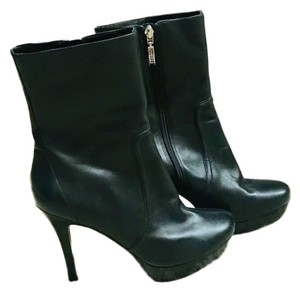 5c5fbf87795 Guess By Marciano Boots & Booties Up to 90% off at Tradesy