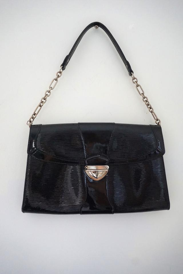 fb0cfe415378 Louis Vuitton Lena Lena Pouchette Designer Handbag Patent Leather Shoulder  Bag Image 0 ...