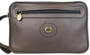 Gucci Leather Cosmetic Pouch Wristlet in Brown