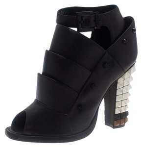 c1419b48c69 Fendi Boots   Booties - Up to 70% off at Tradesy