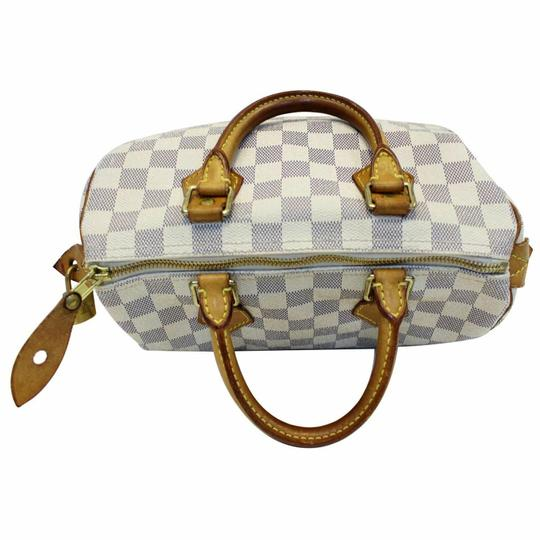 Louis Vuitton Satchel in off-white Image 2