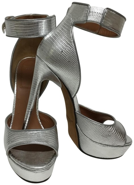 Givenchy Silver Lizard Embosses Sandals with Shark Lock Buckle Platforms Size EU 39 (Approx. US 9) Regular (M, B) Givenchy Silver Lizard Embosses Sandals with Shark Lock Buckle Platforms Size EU 39 (Approx. US 9) Regular (M, B) Image 1