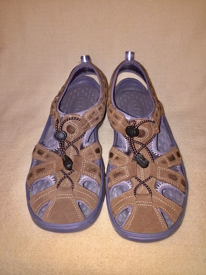 0d77330081ef Privo Brown   Gray By Clarks Sandals Size US 8 Regular (M