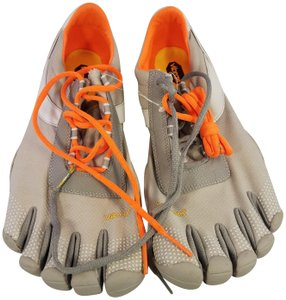 online store 1984c bf4fe Vibram Fivefingers Barefoot Man Size 45 Man Size 11 gray Athletic