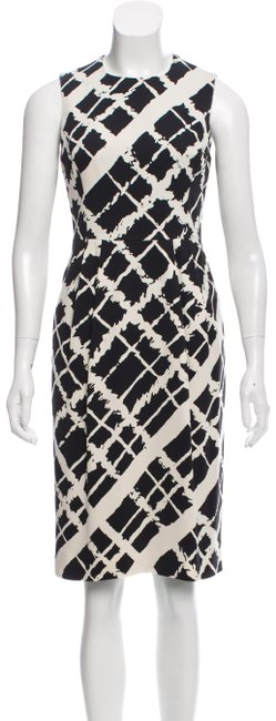 Item - Black White Silk Abstract Checkered Sheath Mid-length Work/Office Dress Size 10 (M)