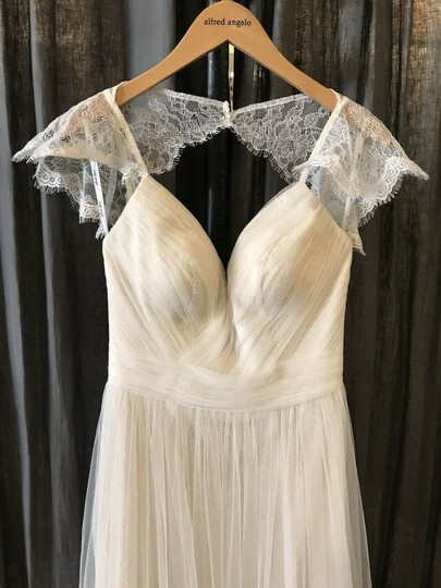 Stella York Ivory French Tulle and Lace 6199 Vintage Wedding Dress Size 8 (M) Image 5