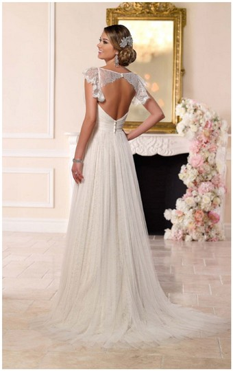 Stella York Ivory French Tulle and Lace 6199 Vintage Wedding Dress Size 8 (M) Image 6