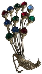 Vintage vintage silver colorful rhinestone peacock brooch pin