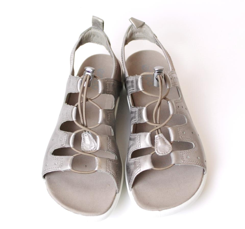 f5e25299bfc0 Ecco Mrock Jab Toggle Leather Sandals Size EU 39 (Approx. US 9) Regular (M