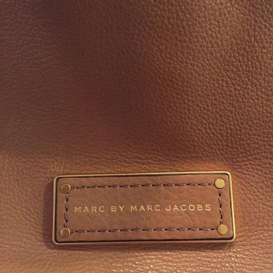 Marc by Marc Jacobs Mj Too Hot To Handle Bentley Tote in TAN BROWN PRALINE/GOLD HARDWARE Image 6