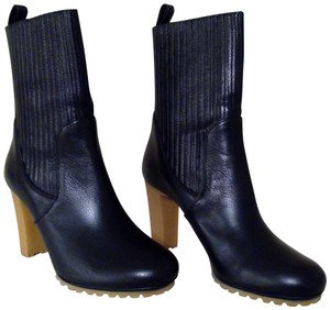 Gucci Expandable Shaft Leather Rubber Black Boots