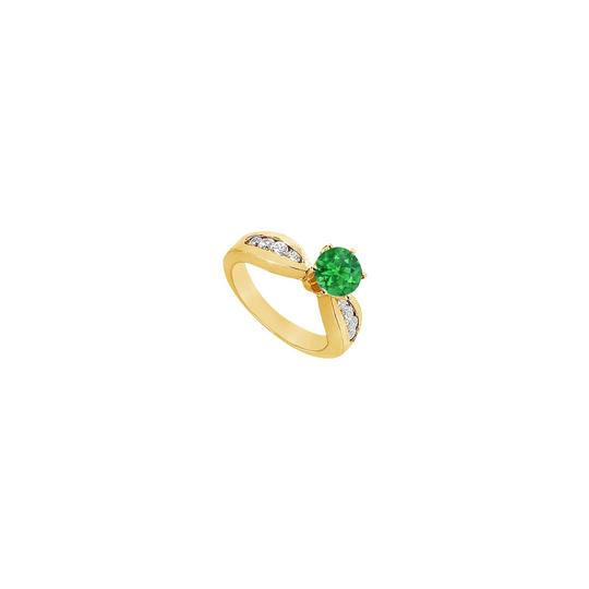 Preload https://img-static.tradesy.com/item/25267766/green-created-emerald-and-cubic-zirconia-engagement-14k-yellow-gold-10-ring-0-0-540-540.jpg