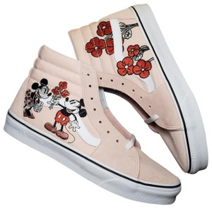f5752bb355 Vans New with tags! Disney Mickey   Minnie Sk8 Hi Top Vans. Mens size
